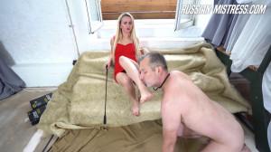 Sophie Summer Foot Worship [2019,Russian Mistress Sophie Summer][Eng]