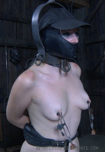 IR - Delirious Hunter - Headless Hunter, Part 1 [2014,Delirious Hunter,BDSM,Humilation,Domination][Eng]