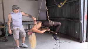 Amanda Foxx Hung By Her Tits With Care [2021][Eng]