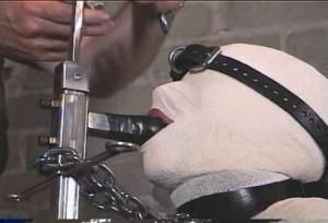 The Mummification of Brandy Part 3 [Rope Bondage,Bondage,BDSM][Eng]