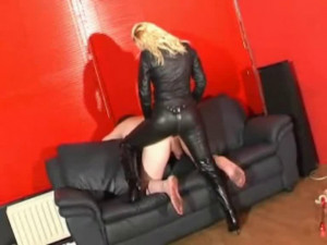 Abuse your asshole [2020,Foot Domination,Foot Fetish,Femdom ][Eng]