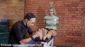 Twerk Dancer - Dance, Dance and Let Me Tickle Your Feet! [Eng]