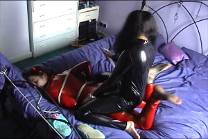 Inxesse - Kittie Klaw and Electra Cute in pvc Catsuits Wrestling and Tying [2017,Inxesse,Kittie Klaw,tight bondage in spandex,punishment,lycra][Eng]