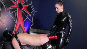 Whipping Slave [2019,Femdom,strapon,Fisting][Eng]