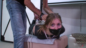 Getting Home Early Was A Bad Idea [2018,Bondage,Bdsm,Tickling][Eng]
