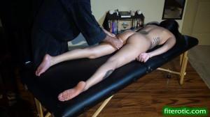 Longboarder Happy Ending Massage [2019,Bondage,BDSM,torture][Eng]