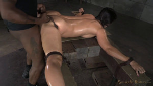 Flexible Wenona Bound In The Splits And Used [Sexuallybroken][Eng]