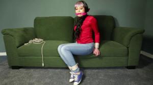 Raina in Jeans and Sofa [2018,Bdsm,Bondage][Eng]