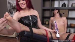 Wet ticklish orgasm Lady [2015,Bondage,Teen,Fetish][Eng]