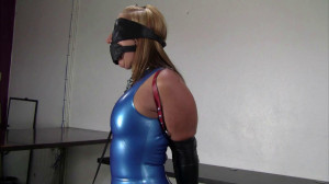 Secretary in a blue latex dress, collared, leashed and trained [2019,string,BDSM,torture][Eng]