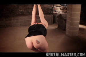 Hole - Whip Kissed [BDSM,Humiliation,Torture][Eng]