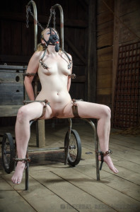 IR - Hot Poke Her - Blonde Delirious Hunter and OT [2014,Delirious Hunter,Domination,BDSM,Fetish][Eng]