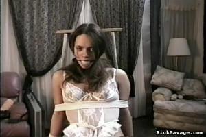 Bound Innocent Virgin Brianna [Eng]