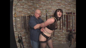 A Day In The Dungeon [2017,Humiliation,Bondage][Eng]