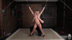 Chloe on Display [2021,Chloe Temple,Torture,Humiliation,Domination][Eng]