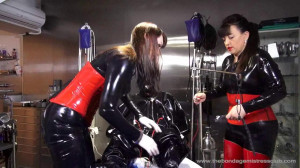 Mistress Approved - Custom Vacuum Suit 2-6 [2019][Eng]