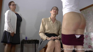 Strictmoor Summer Spankings - Scene 2 [Eng]