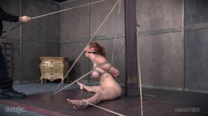 Cut Clothing Cunt - Lauren Phillips [2016,Bondage,Spanking,Domination][Eng]