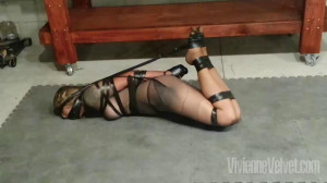 Held In Pantyhose and Tape [2021,Bondage,Rope,BDSM][Eng]