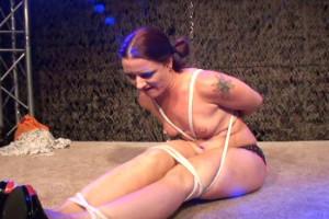 2 Rope Escape Challenge [torture,Rope,BDSM][Eng]