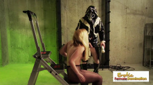 Masked Dom Punishes His Sexy, Pantyhose-wearing Slave [Eng]