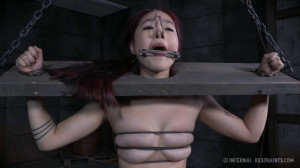 Make Her Scream - Lea Hart [Eng]