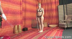 Jump rope Evey Kristal part1 [SM-Circus,Evey Kristal][Eng]