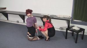 Ludella Hahn and Elizabeth Andrews - Holiday Bondage Distraction [2021,Bondage,BDSM,Rope][Eng]