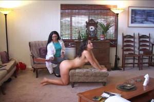 Chelsea Pfeiffer in the video: The Doctor Visit [Spanksinn,Sinn,BDSM,Spanking][Eng]