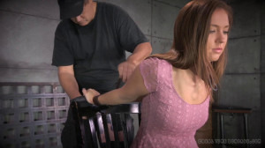 Maddy O'reilly Is Throat Trained And Completely Conquered By Cock! [2014,Face Fucking,BDSM,Choke collar][Eng]