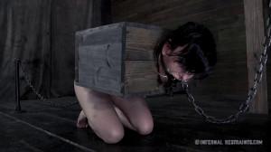 Infernalrestraints -  Queen of Pain part 2 - Elise Graves [Eng]