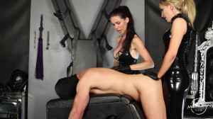 Double Strap-on Fuck With Courtney [2020,Strapon,Pegging,Femdom][Eng]