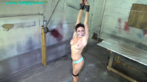 Sexy redhead cranked up on her toes [2021,Rope,Bondage,BDSM][Eng]