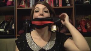 Elizabeth Andrews - How To Wear A High Heel Gag [2021,BDSM,Bondage,Rope][Eng]