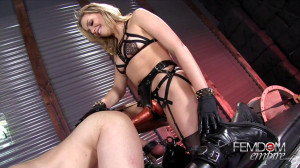 Stretched to Gape [2019,Mia Malkova,Strap-on,Anal Play,CBT][Eng]