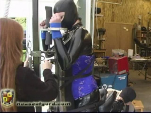 Anastasia rides the Fuv [2010,collars,electrical,catsuits][Eng]