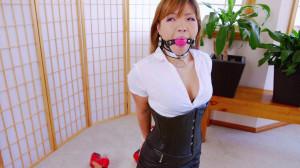 Sexy Office Chick [RestrictedSenses,Mina,Bondage][Eng]