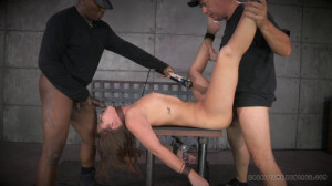 All natural redhead Maddy O'Reilly shackled down [2014,Maddy O'Reilly,string,torture,BDSM][Eng]