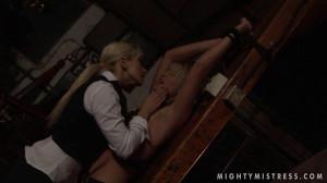 21Sextury - Cynthia Moore and Lee Lexxus - Punishing Cynthia [Eng]