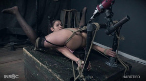 Machined [2017,BDSM,Bondage,Torture][Eng]