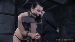 Pay the Price - Olivia Fawn [Eng]