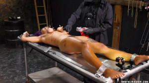 BrutalMaster - Cupcake Sin Clair Torture Table Experiment [BrutalMaster,Bdsm][Eng]