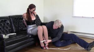 Hazel Allure Latex Bondage With Mr Big Boss (2017) [Eng]