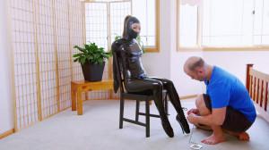 Chair Bound Gwen [2018,Mina,Bondage][Eng]