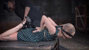 Grunge Girl - Mercy West [2015,BDSM,Submission,Rope Bondage][Eng]