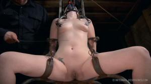Super bondage, torture and spanking for naked blonde part2 [2020][Eng]