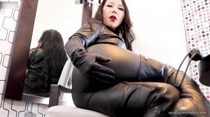 Black Leather Dominatrix [2021,Mistress Youko,Femdom POV,leather,asian][Eng]