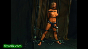 A Losing Battle [BDSM,Rope,torture][Eng]