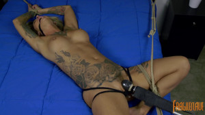 Kleio Valentien - Uncontrollable Orgasms, Spread and Helpless [2018][Eng]