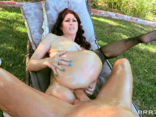 Hot Milf With Nice Butt Loves Riding Big Cock